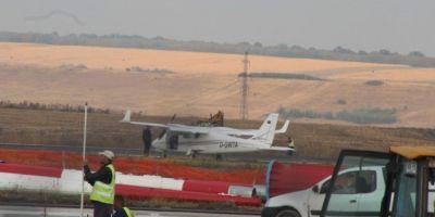 Aterizare fortata pe Aeroportul din Iasi. La mansa avionului se afla