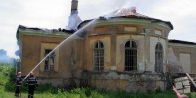 Cum a disparut conacul Krupenschi, monument de patrimoniu vechi de trei secole, in trei ore