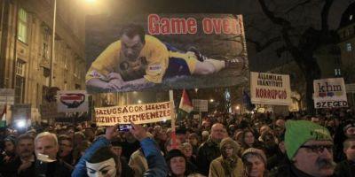 Protest la Budapesta: Mii de persoane cer demisia premierului Viktor Orban
