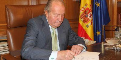 Fostul rege Juan Carlos al Spaniei, confruntat cu un proces de stabilire a paternitatii