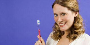 Cele mai bune solutii naturale pentru albirea dintilor