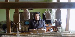Ultima tesatoare din Altana face dantela pentru nemti: