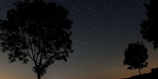 VIDEO Perseide: urmareste live ploaia de stele