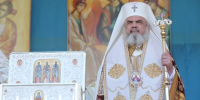 Patriarhul Daniel despre folosirea coloanei oficiale: