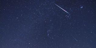 Ploaie de meteori pe cerul Romaniei. Cand va avea loc si cati meteori pot fi vazuti pe ora