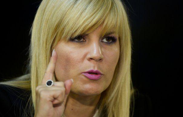 Elena Udrea, despre informarile trimise de SRI cu privire la dezinfectantii diluati: Exista interese majore in spatele acestor afaceri care se deruleaza in spitale. Exista protectie la nivel foarte inalt