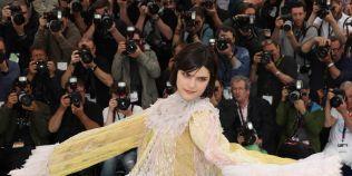 Nicio masa fara peste si nicio zi la Cannes fara ceva romanesc
