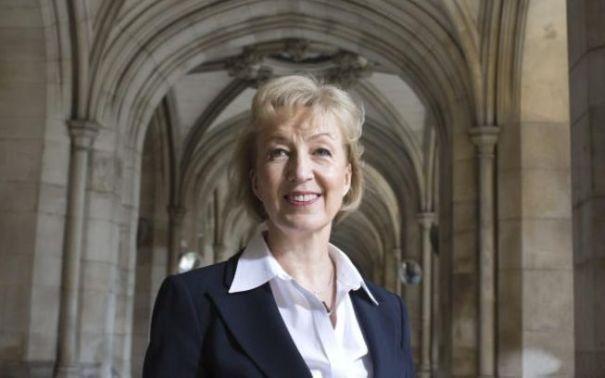 Andrea Leadsom SE VA RETRAGE din cursa electorala pentru functia de prim-ministru al Marii Britanii