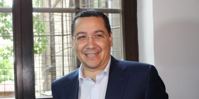 Victor Ponta a contestat decizia de retragere a titlului de doctor