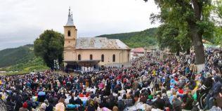 Pelerinajul ortodox aprobat de doi papi. Mii de pelerini sunt asteptati sa soseasca la Manastirea Nicula
