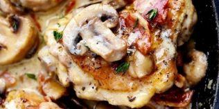 Cea mai simpla reteta de pui cu ciuperci si bacon