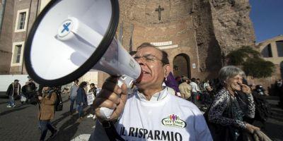 Reforma constitutionala propusa de premierul italian scoate mii de oameni in strada