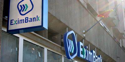 Procurori: EximBank a cumparat licente pentru calculatoare cu 40 la suta mai scumpe, diferenta reprezentand
