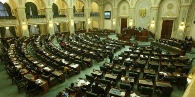 Proiectul prin care alesii locali nu mai raspund pentru actele semnate, discutat de senatorii juristi