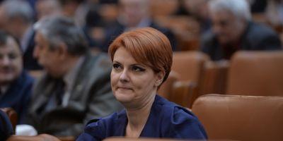 De tot rasul. Mai multi ministri si-au depus cererile de retragere a demisiilor din Guvern. Ponta: S-au facut de ras pe vecie. Basescu: E culmea penibilului