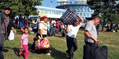 Mii de romi continua sa fie expulzati anual din Franta, fara sa li se ofere un loc in care sa se mute, denunta ONG-urile