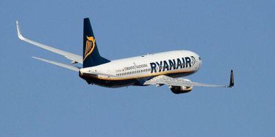 Ryanair: Eforturile pentru reducerea deficitului de piloti dau rezultate