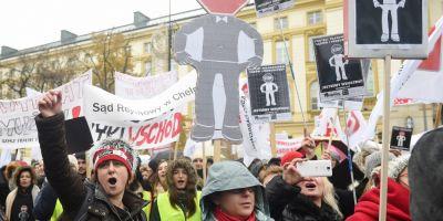 Scandalul legilor justitiei din Polonia: ce propun autoritatile si reactia Europei.