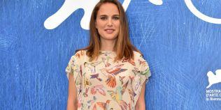 FOTO Natalie Portman e insarcinata si a aratat acest lucru la Festivalul de Film de la Venetia